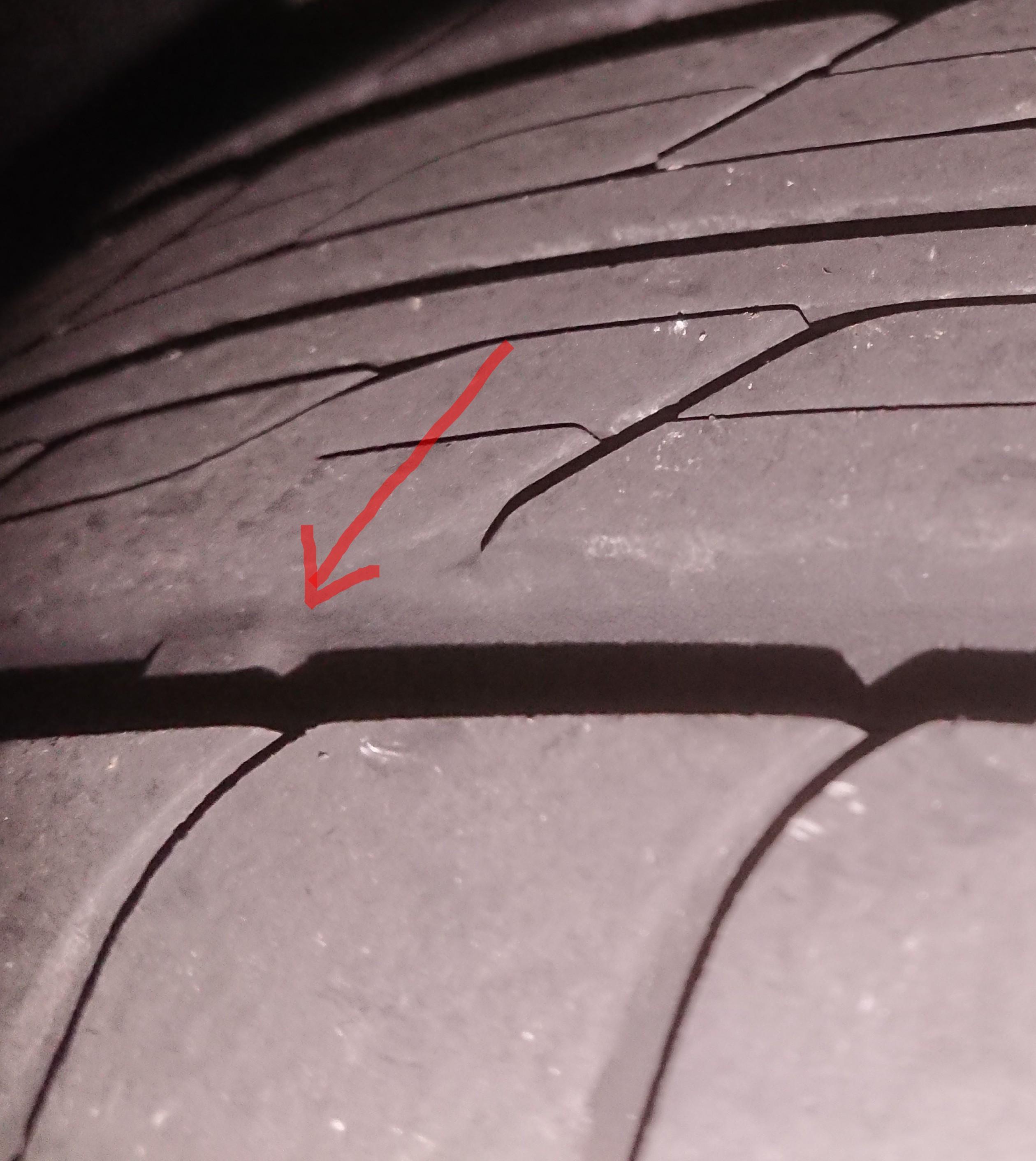 タイヤ表面